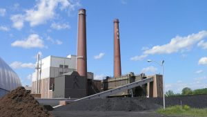 T. B. Simon Power Plant at Michigan State University. Its primary fuel is coal with natural gas as an alternative. Author: Michael P. Kube-McDowell